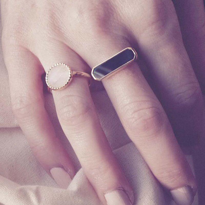 Eva Black Agate Gold Ring image