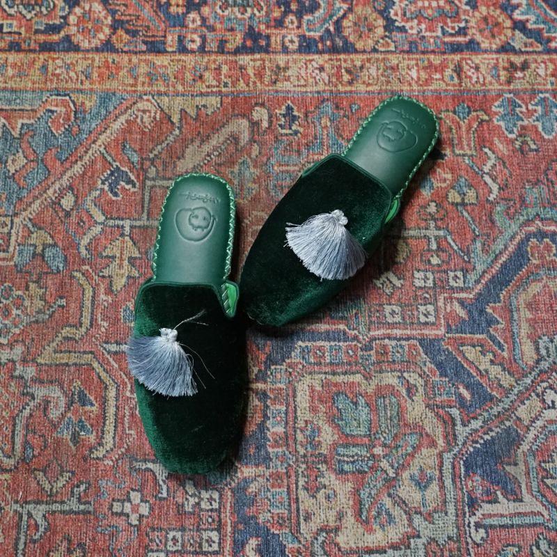 Women Classic Handmade Slipper - Green image