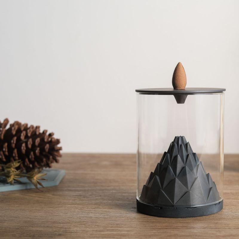 Nelumbo Terrarium Backflow Incense Burner image