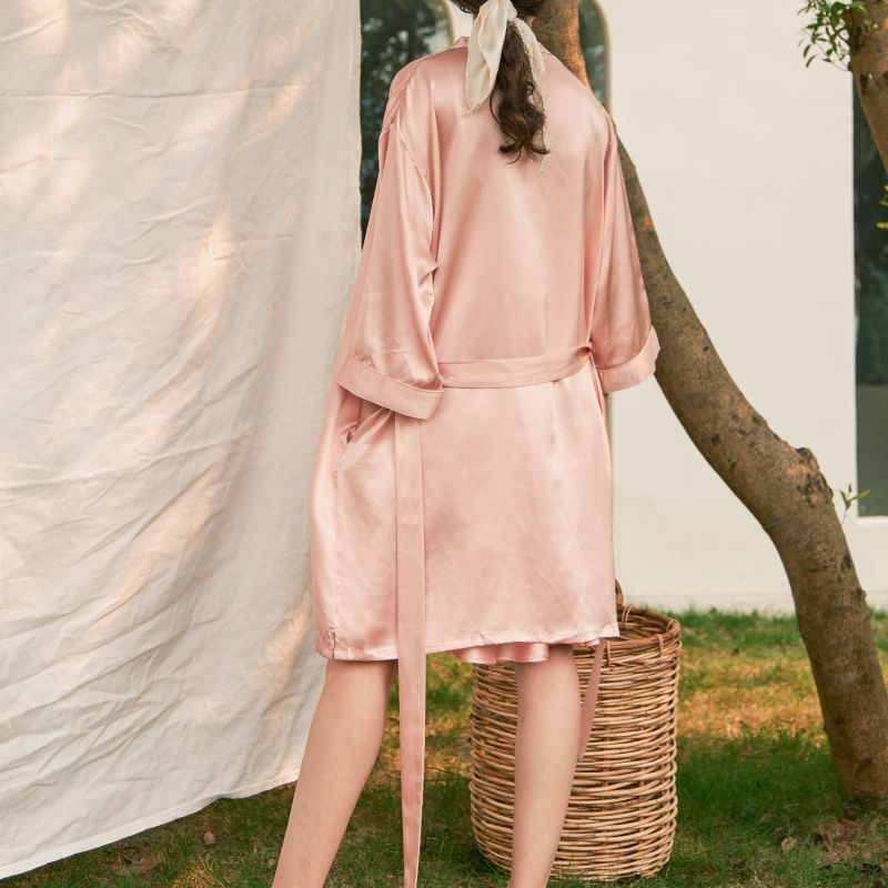 A Midsummer Afternoon Silk Robe - Pink image