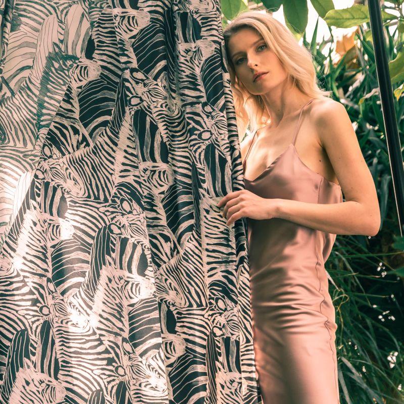 Zebra 100% Silk Duvet Cover image