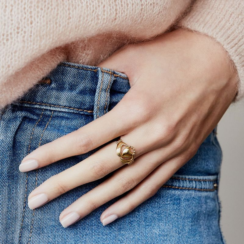 Claddagh Ring - Gold image