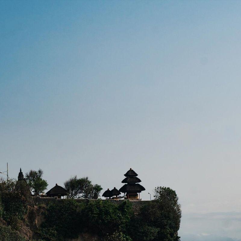 Palo Santo Candle - Bergamot, Palo Santo & Atlas Cedar image