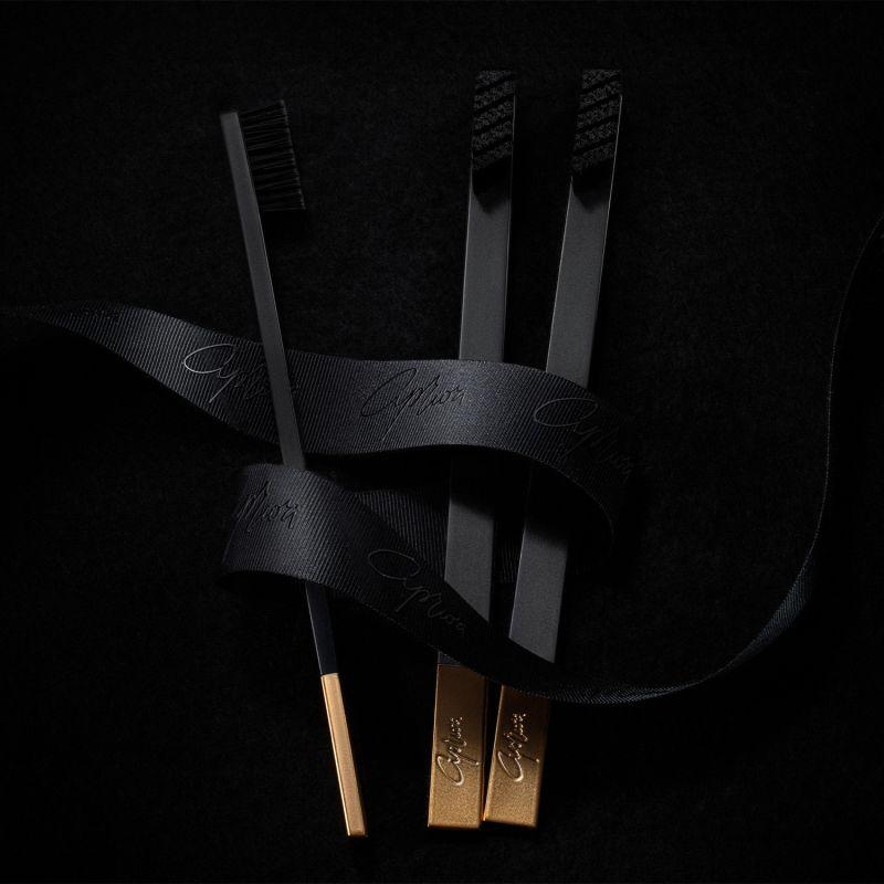 Apriori Slim Black Gold Soft Toothbrush image