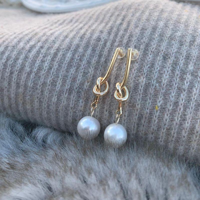 Loop Earrings image