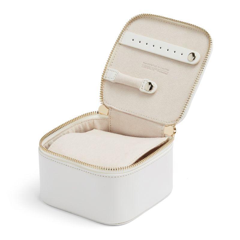 Maria Zip Jewelry Cube White image