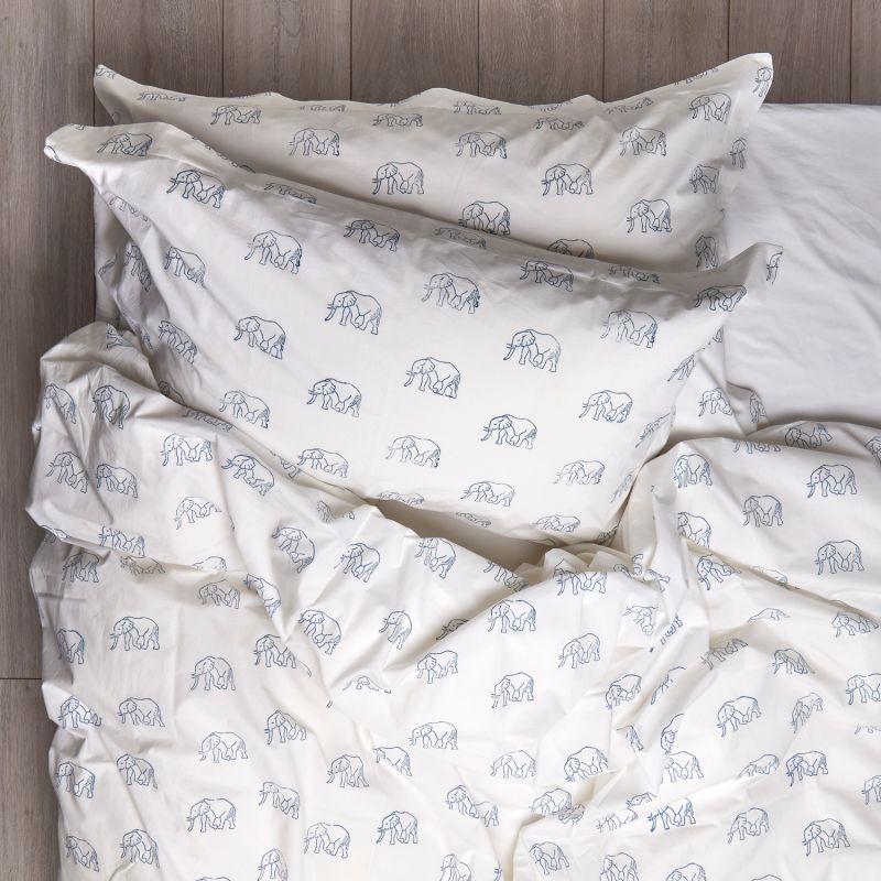 Blue Elephant Bedding Set Double image