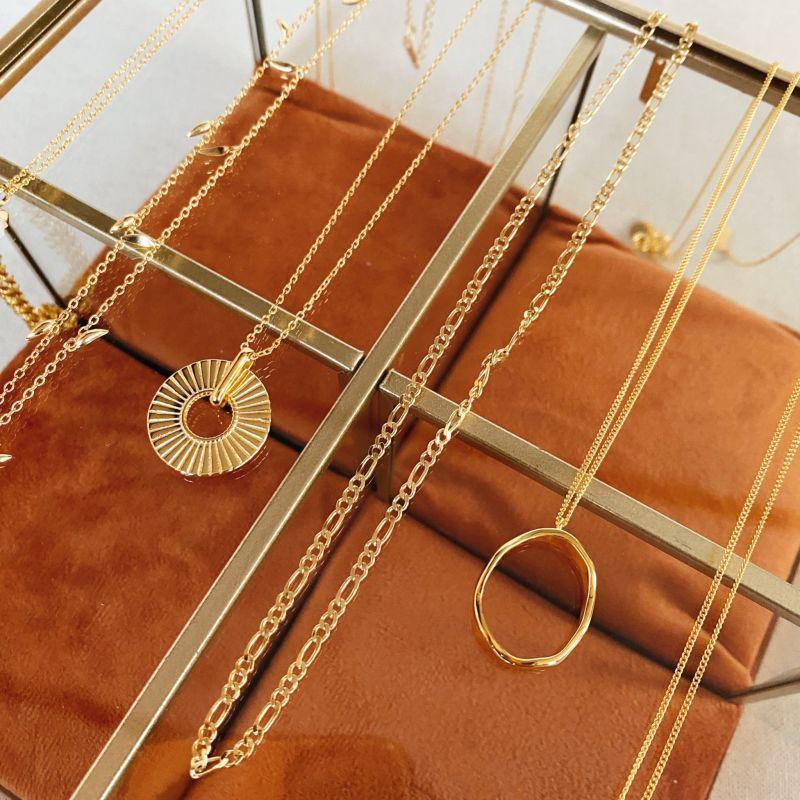 Irregular Necklace In 18k Gold image
