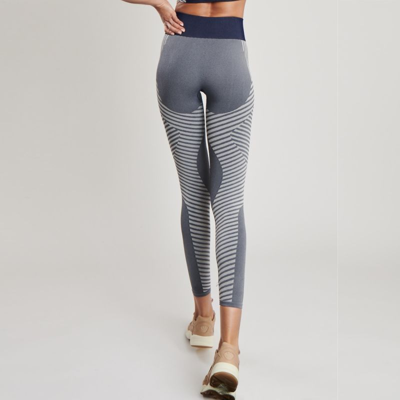 Conscious Yoga Leggings In Heather Navy image