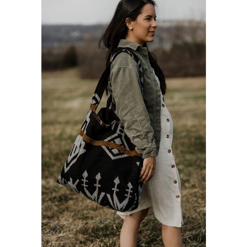 Harvesters Everyday Bag in Black image