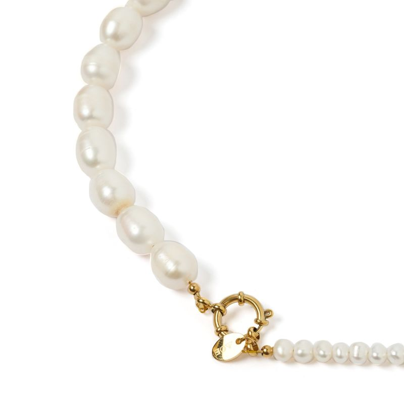 Annalise Pearl Necklace image