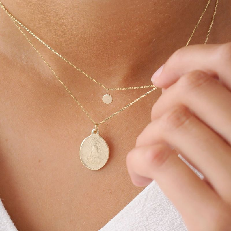 9ct Gold Unisex Small Medallion Necklace image