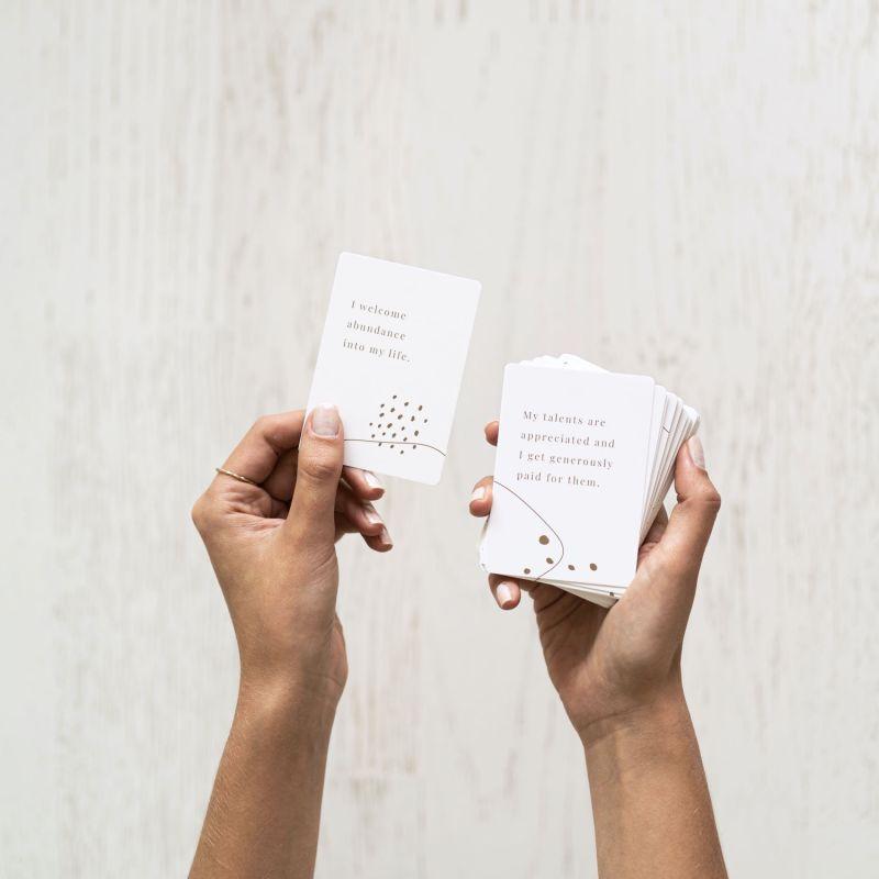 Wealth – 52 Motivational Cards image