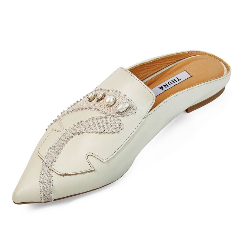 Lolo Cream Pointed Leather With Handmade Pearl Slippers image