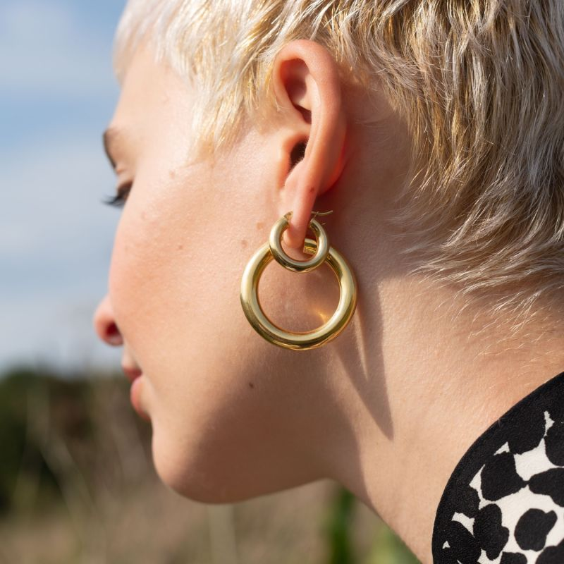 La Curvaceous Mini Hoops - Gold image
