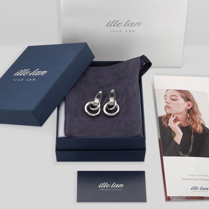 Echo Chain Drop Earrings in White Gold image