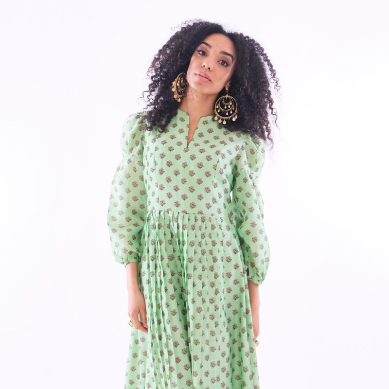 Green Print Midi Dress With Pleats, Puff Sleeves & Matching Scarf image