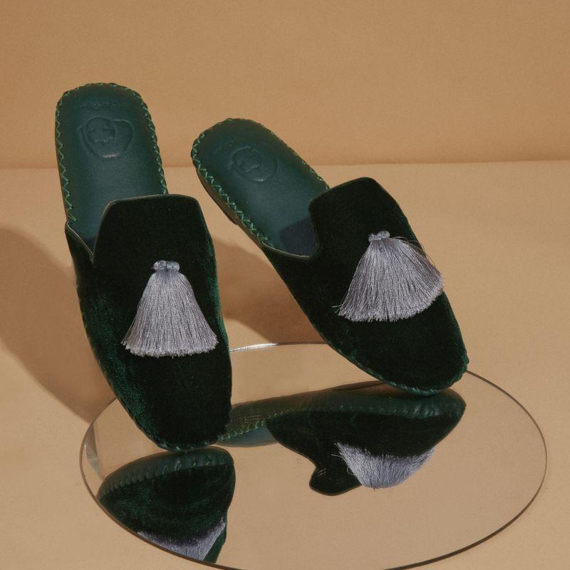 Men Handmade Velvet Slippers - Dark Green image