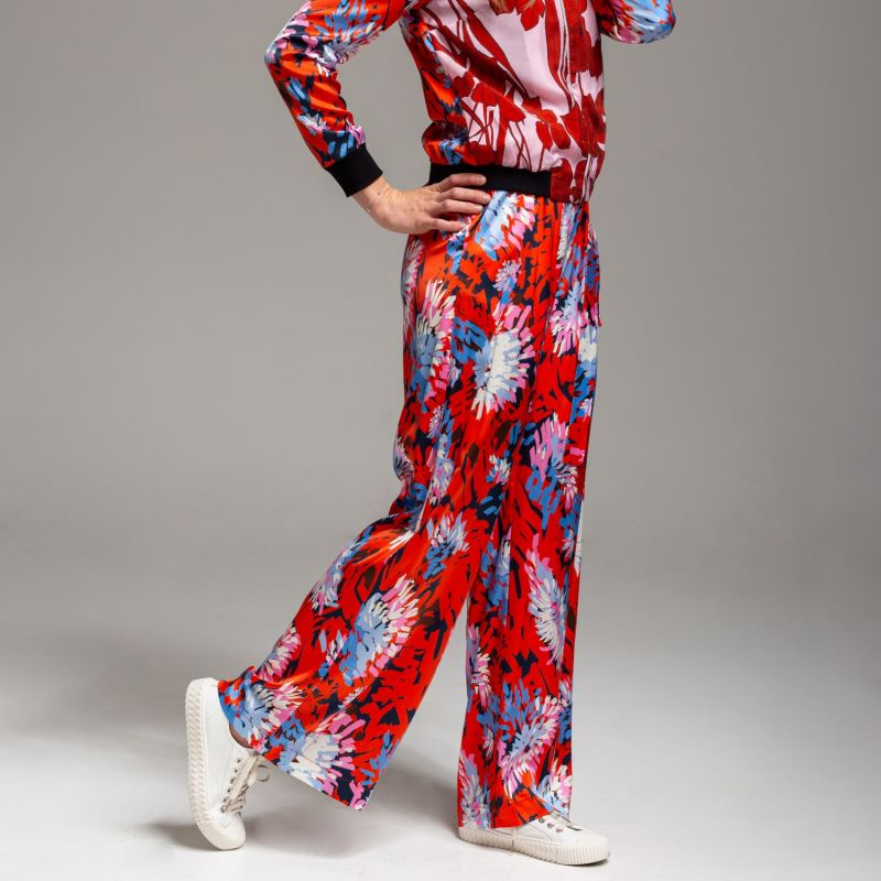 Mary Red Pants image