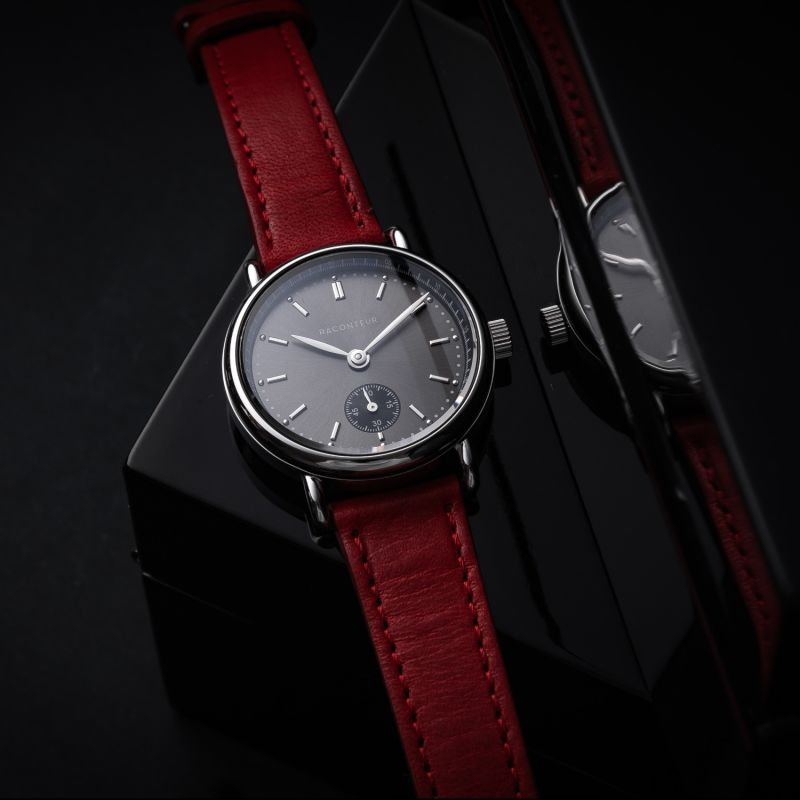 Earhart Silver Grey - Black Leather image