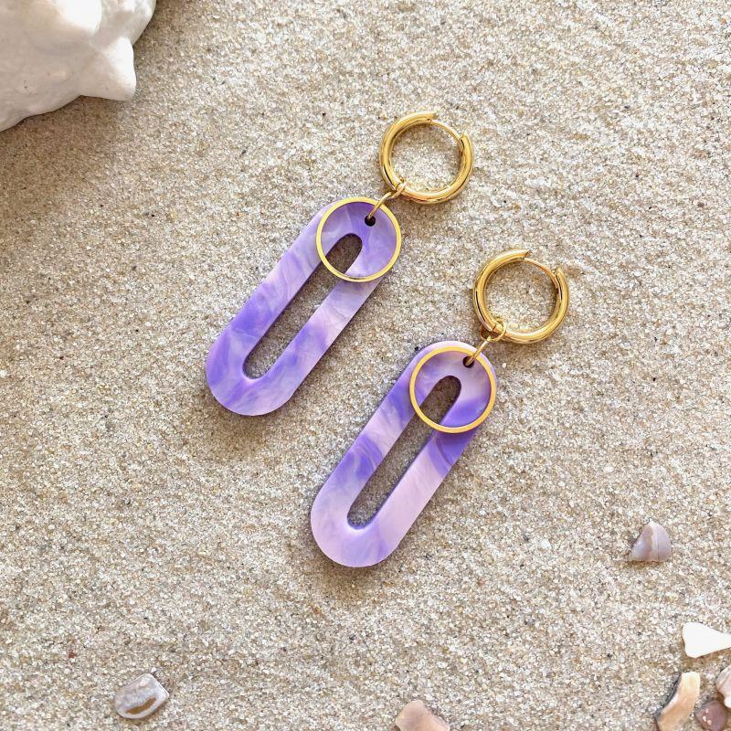 Elliptical Huggie Earrings in Periwinkle Pearl & Gold image