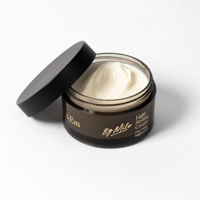 &Em - Light Styling Cream image