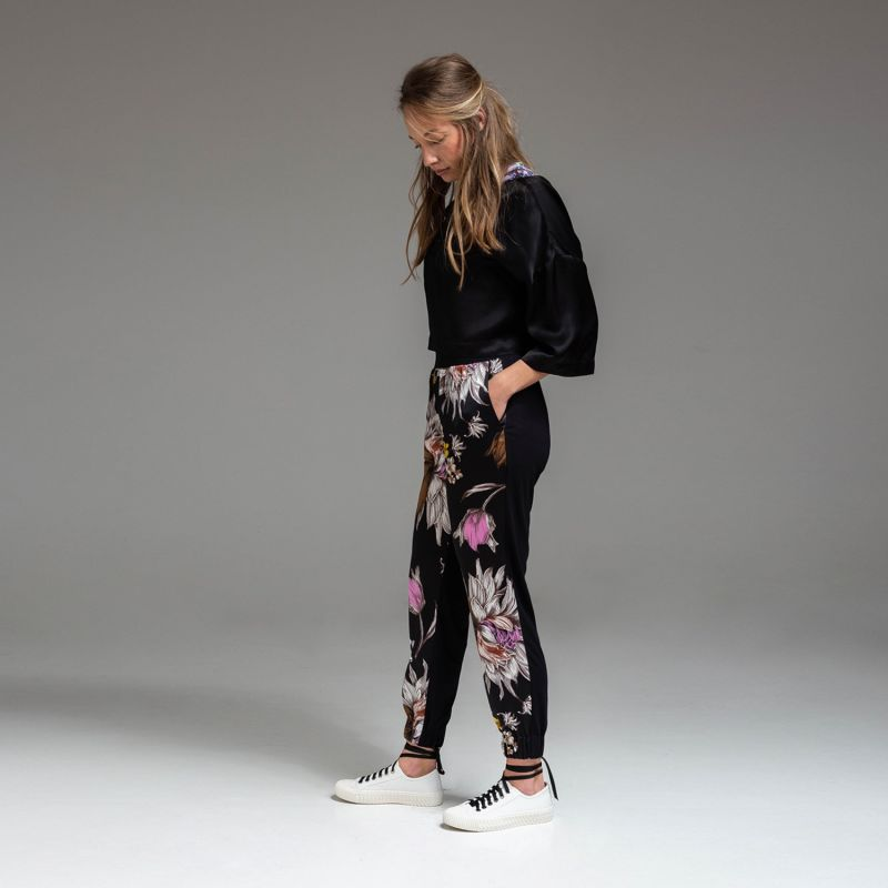 Lilly Jogger image