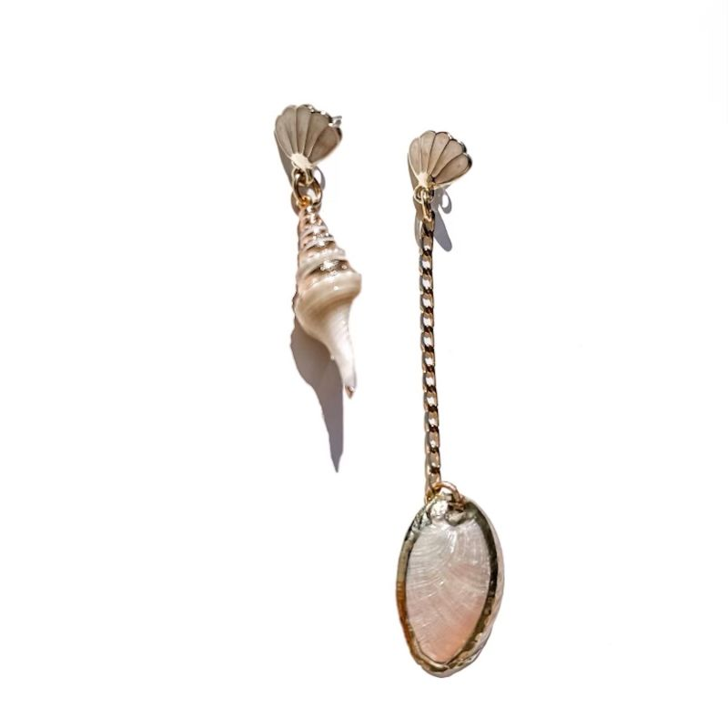 Siren Mismatch Earrings image