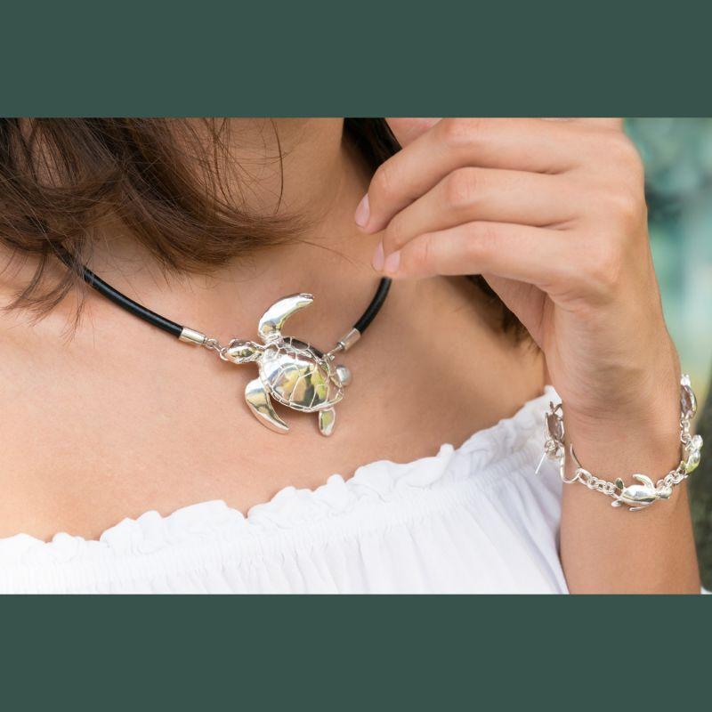 Swimming Turtle Choker (Silver) image