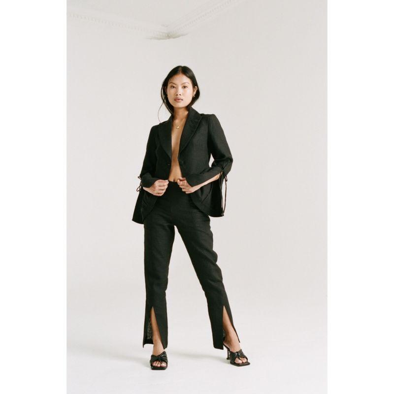 Kemi Cropped Blazer - Black image