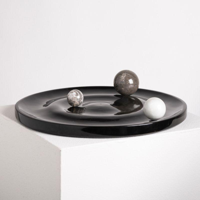 Ola Plate Black Marble image