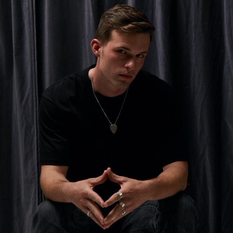 Mens Plectrum Pendant Matt Silver image