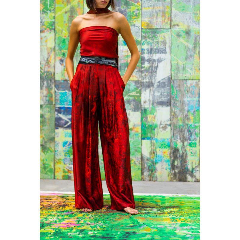 Nuit Rouge Kerchief image