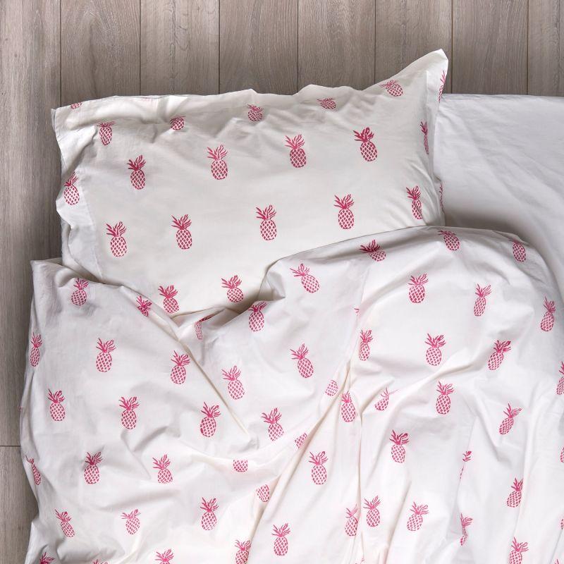 Hot Pink Pineapple Bedding Set Single image