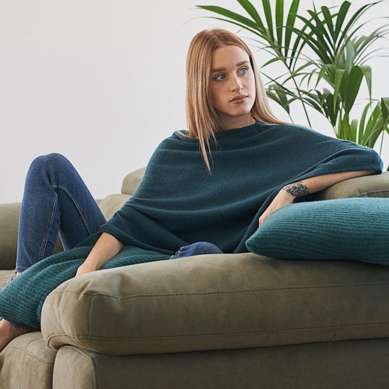 Pure Cashmere Poncho - Green image