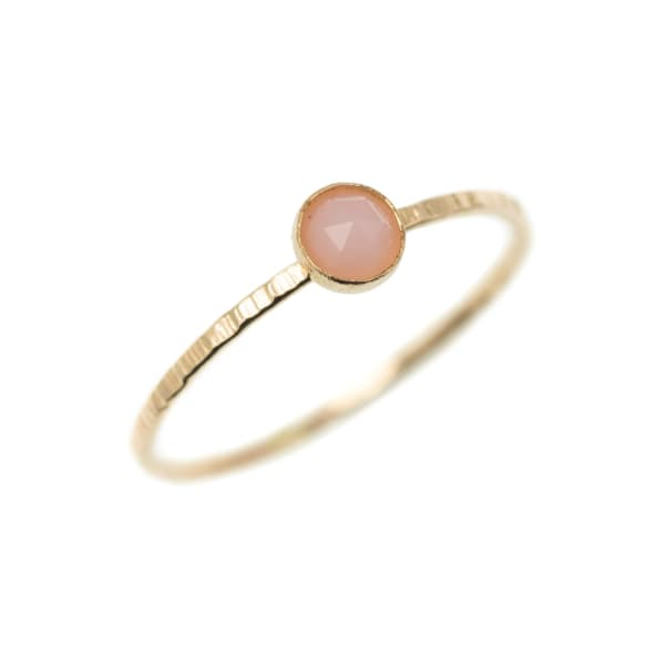 FEATHER+STONE Gold Pink Opal Ring