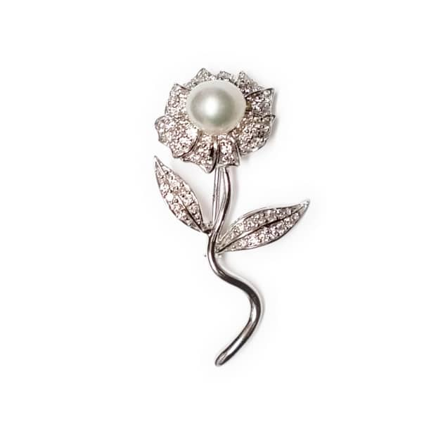 Women s Designer Brooches   Pins f4eb0aa7a1
