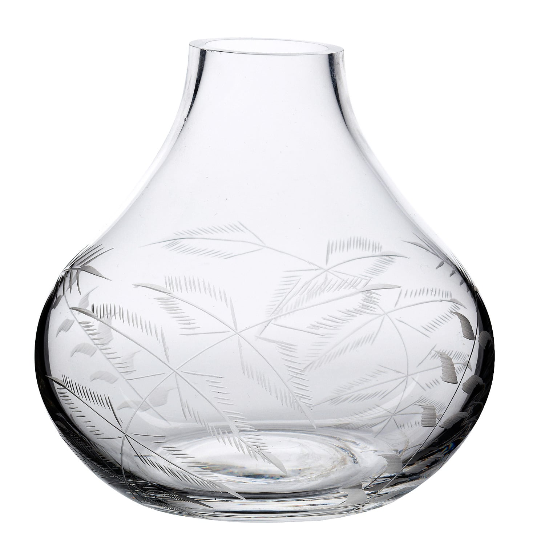 The Vintage List - A Hand-Engraved Crystal Vase With Ferns Design