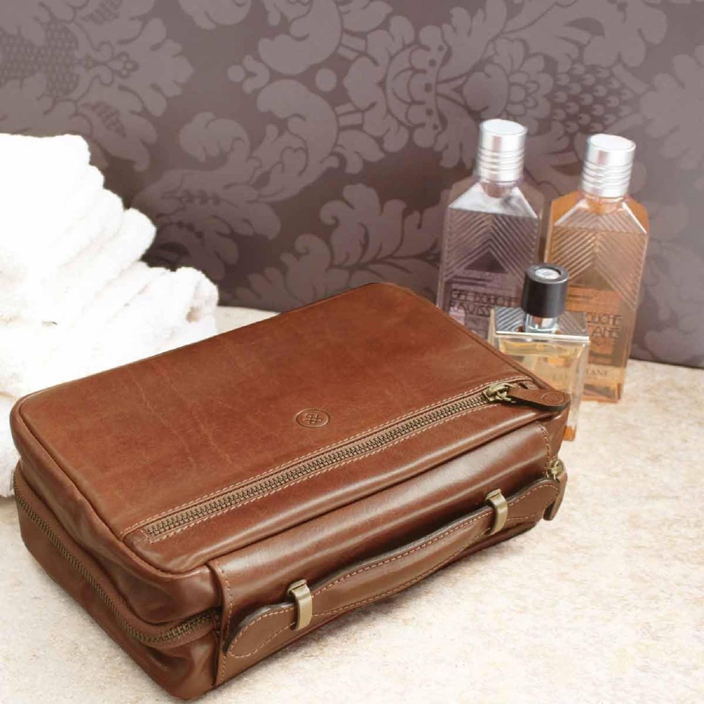 2102292740fd Luxury Italian Leather Men's Hanging Toiletry Bag Pratello Chestnut Tan  image
