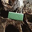 Kotta Ivy Handwoven Straw Clutch image