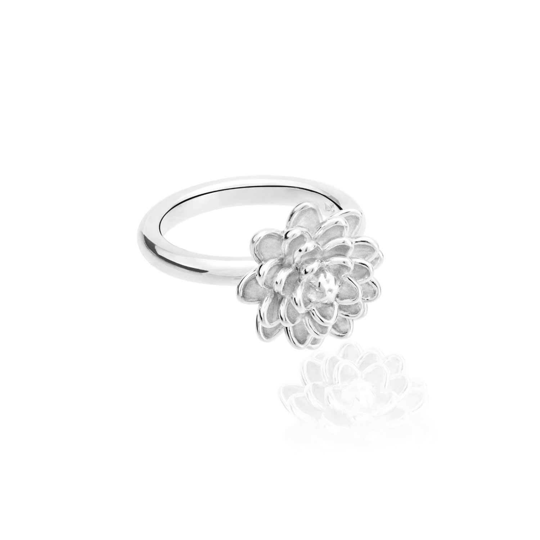 Handmade Small Flower Ring In Sterling Silver J 1 2 Uk Tane Wolf Badger
