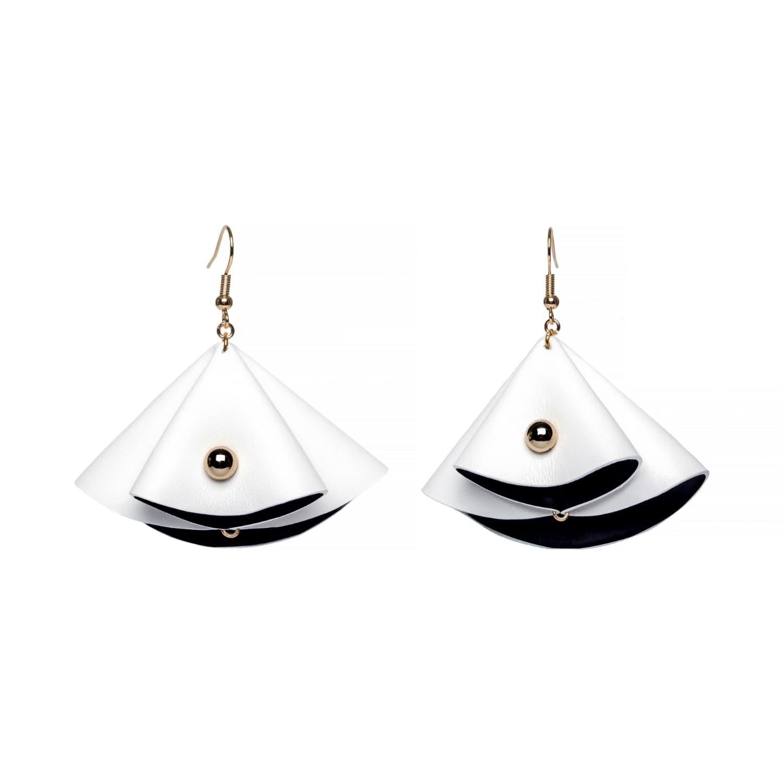 Monroe Earrings in Black & White