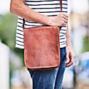 Vida Vintage Leather Messenger Day Bag image