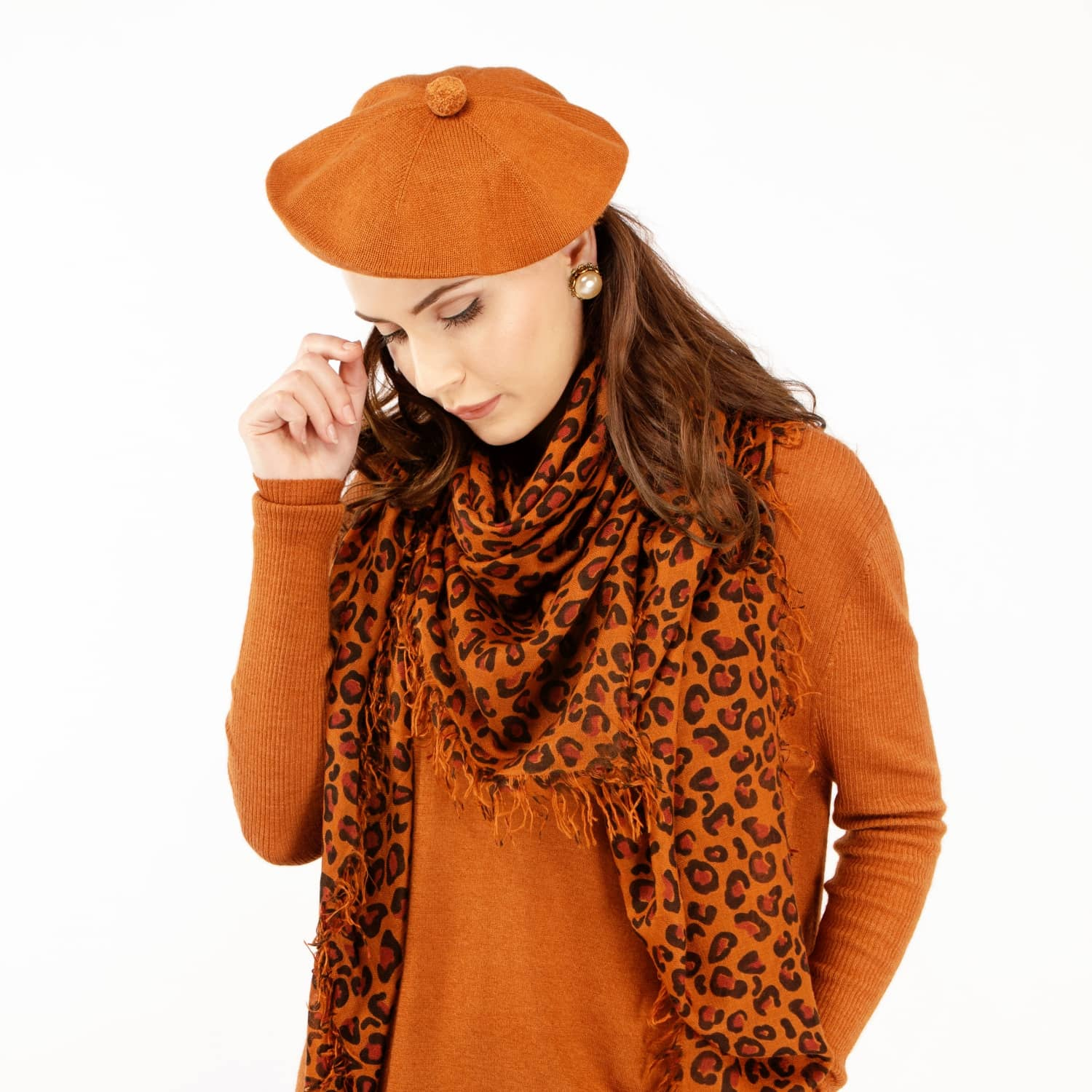 a8ee0fe284b25 Fallon Brown Pom-Pom Knitted Silk Cashmere Beret image