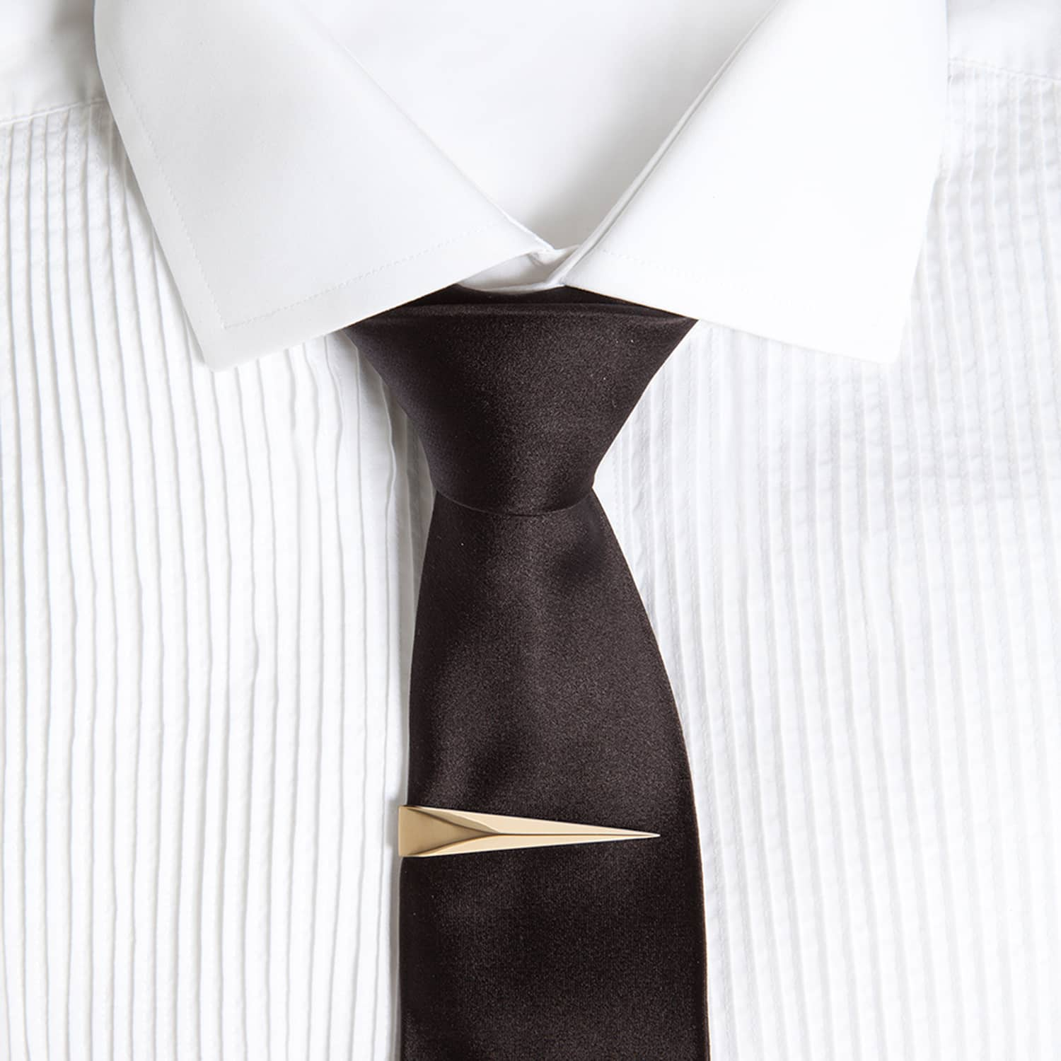 Tie Pin With Chain Gold by Kasun