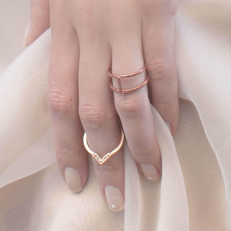 Discreet Diamond Round Ring Positive | S/H KOH | Wolf & Badger