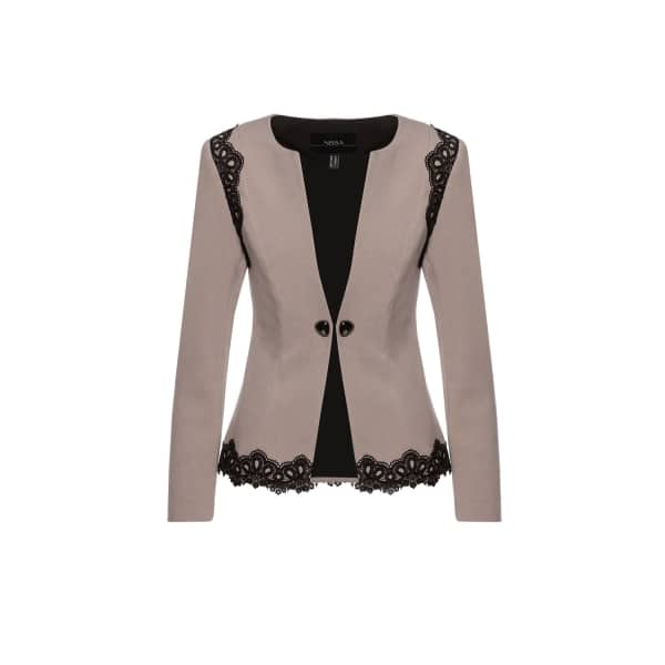 NISSA Elegant Blazer With Contrasting Details