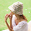 Flora Crochet Hat, in Off White image