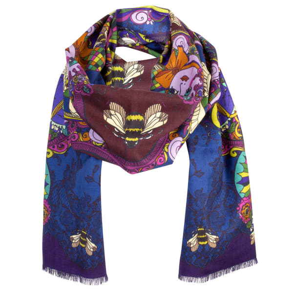 bee in bonnet scarf helen ruth wolf badger
