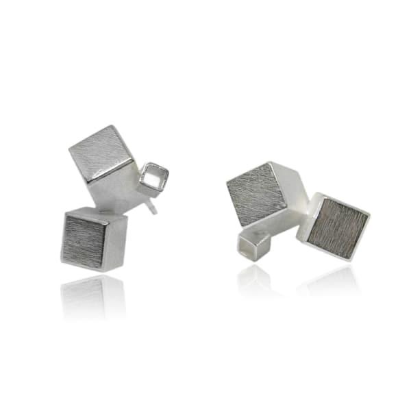 KAROLINA BIK JEWELLERY Fujimoto Earrings White